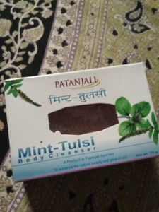 PATANJALI MINT TULSI SOAP REVIEW